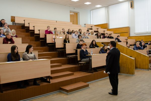 Студенты МИРа приняли участие в семинаре «Школа молодых законотворцев»
