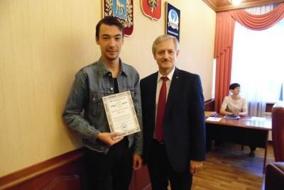 На Ученом совете состоялось награждение студентов университета благодарственными письмами и грамотами ректора университета.