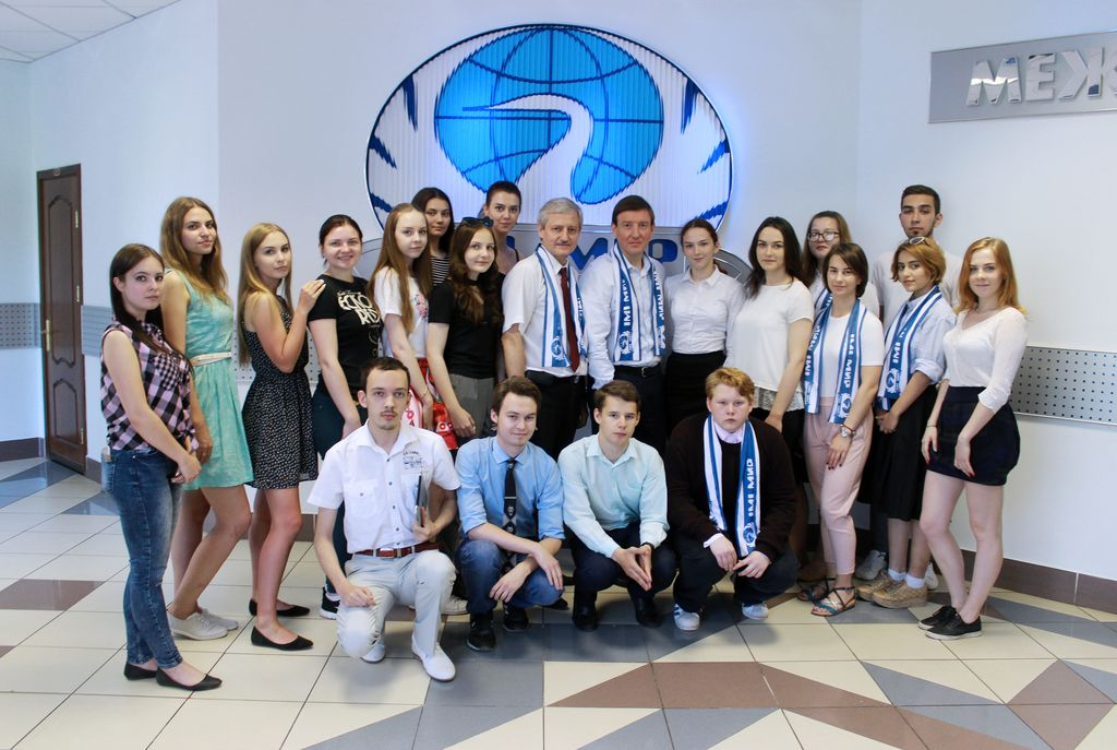 Андрей Турчак посетил Университет «МИР»