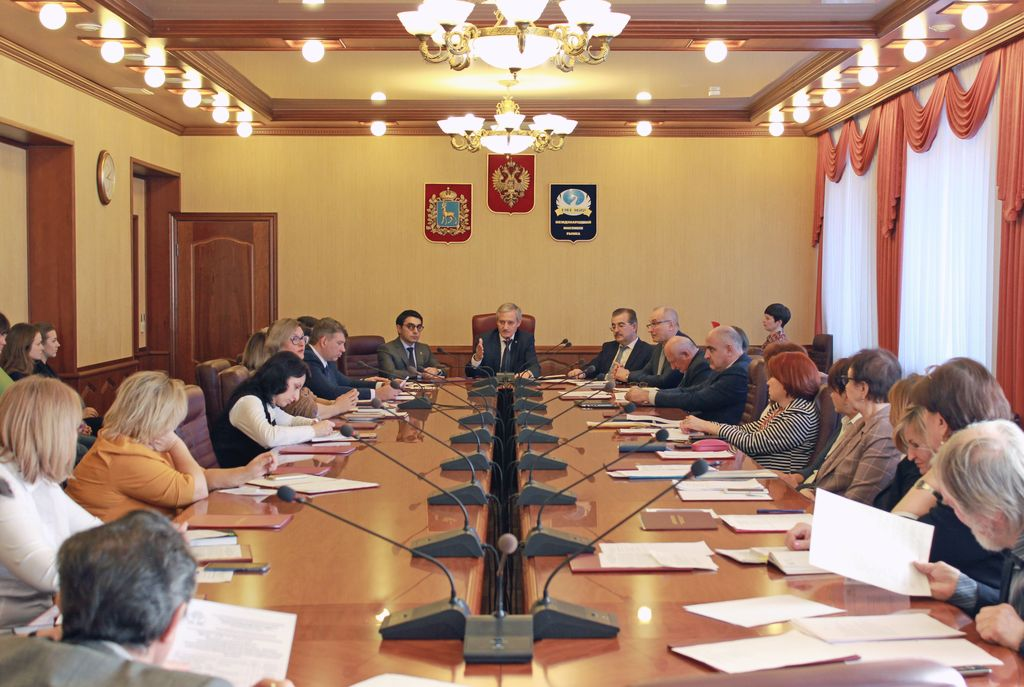 Подписано спонсорское соглашение университета с адвокатским бюро «Мирзоян, Селиванова и партнеры»